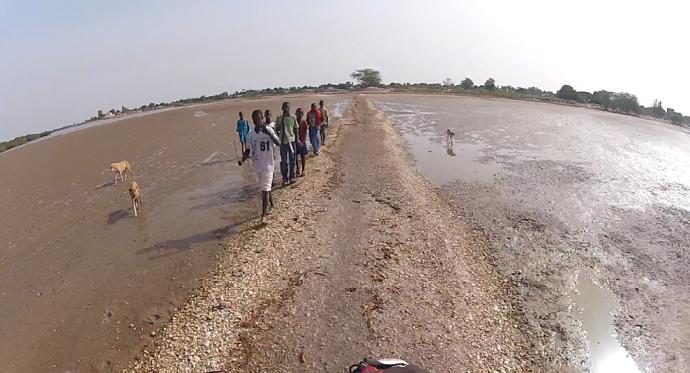 Moto por pistas Senegal