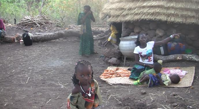 Niños en fiesta Ethiolo