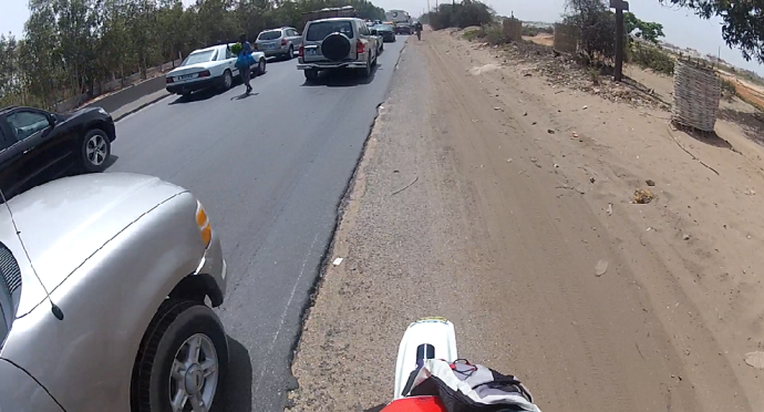 Tráfico saliendo Dakar