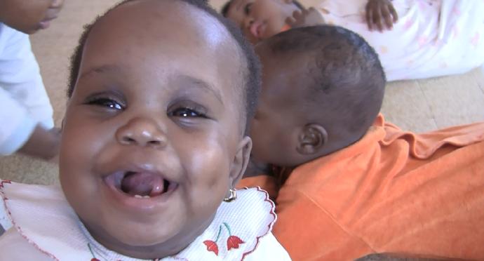 Niña orfanato Dakar