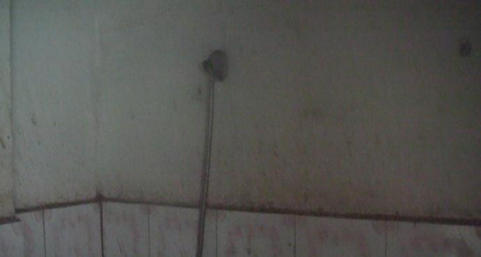 Alcachofa de ducha sin agua Hotel en Labe